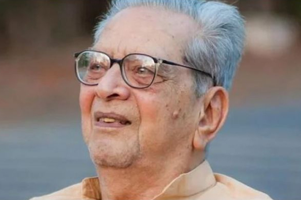Shreeram Lagoo cremated with full state honours - Pune News in Hindi